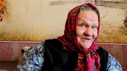 Видео: Баба Валя из Иркутска призвала лечить «негодную» ориентацию молитвами