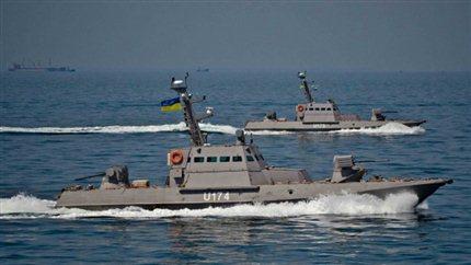 Караул! SOS! При захвате Украинского судна капитан со страху забыл мову и заговорил по Русски